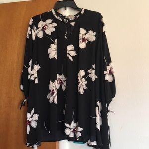 Womens flowy blouse